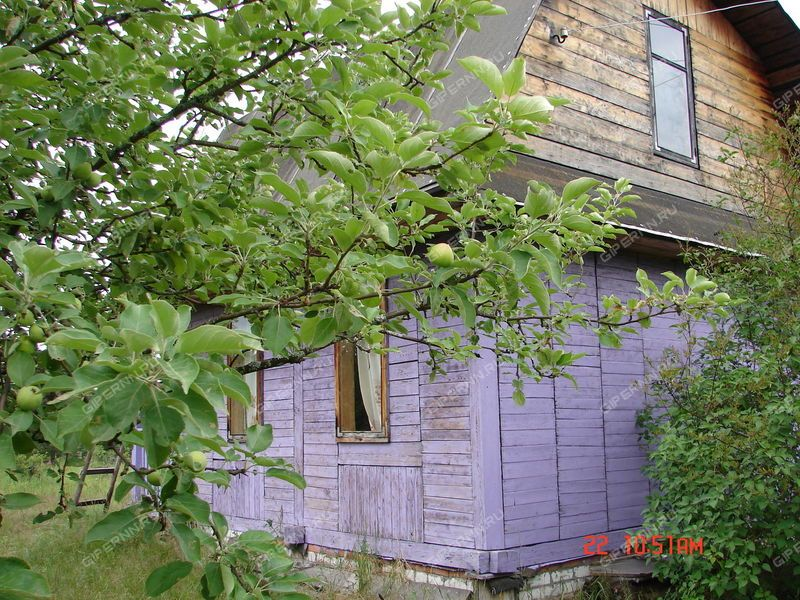 дом на  деревня Инютино