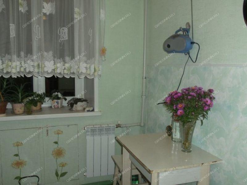 двухкомнатная квартира на улице Сурикова дом 5
