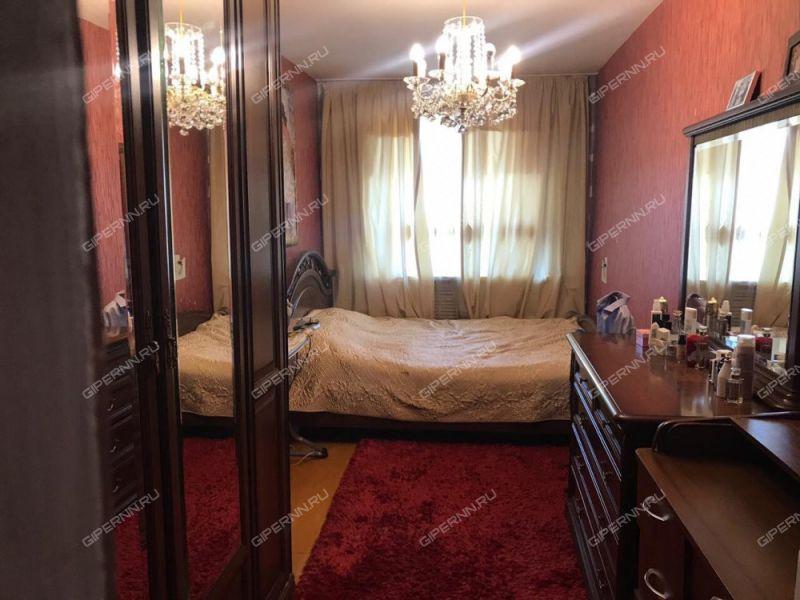 трёхкомнатная квартира на улице Чугунова дом 1 город Бор